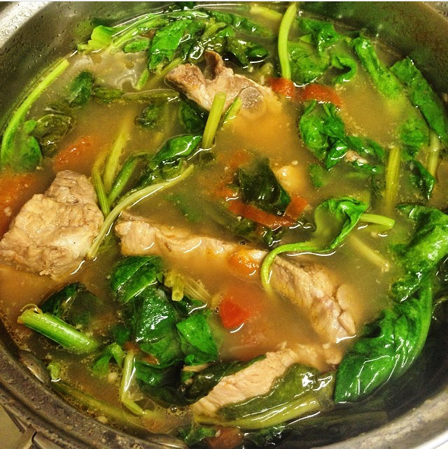Sinigang - Lunch - Must Try Filipino Foods - How to Eat Like a Local in the Philippines