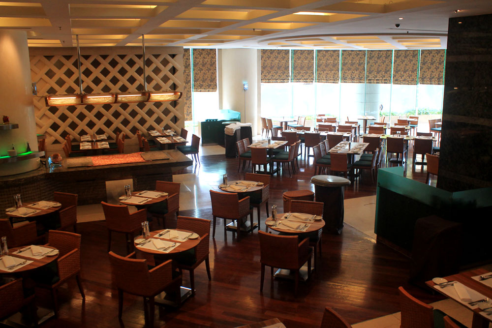Pullman Kuala Lumpur City Centre Hotel and Residences - Restaurant