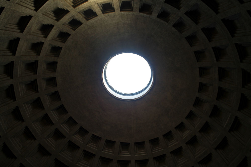 Incredible Things to Do in Rome Italy - Pantheon Dome