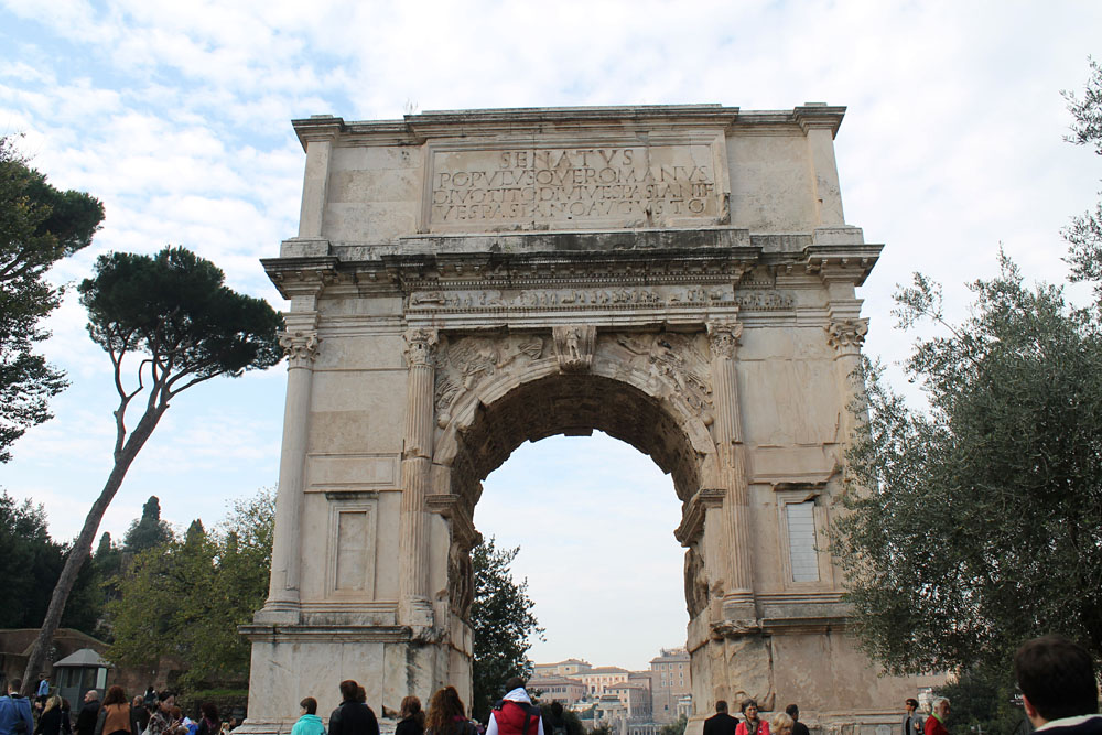 Incredible Things to Do in Rome Italy - Arch of Constantine