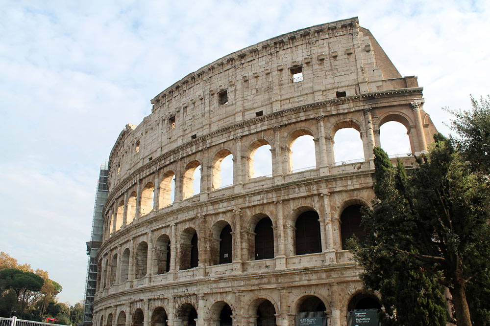 Incredible Things to Do in Rome Italy - The Colosseum