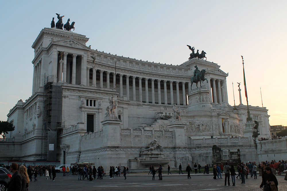 Incredible Things to Do in Rome Italy - Il Vittoriano