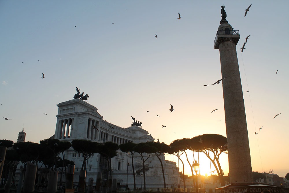 Incredible Things to Do in Rome Italy - Trajan Column