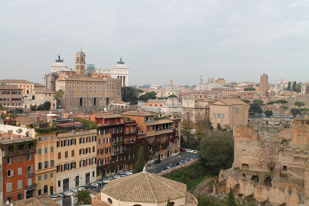 Incredible Things to Do in Rome Italy - Palatine Hill View