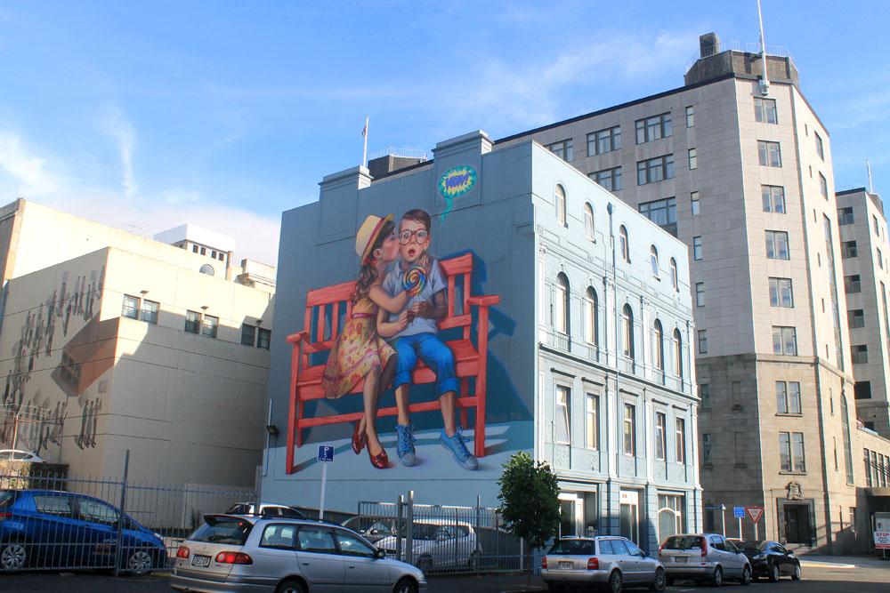 Dunedin Street Art Trail - New Zealand - Love is in the Air
