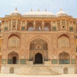 18 of the Most Beautiful Palaces From Around the World