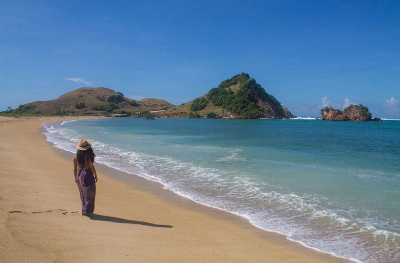 beach-novotel-lombok-indonesia